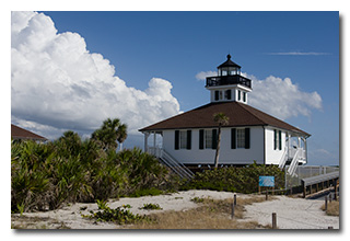 the 1890 Boca Grande Lighthouse -- click to enlarge